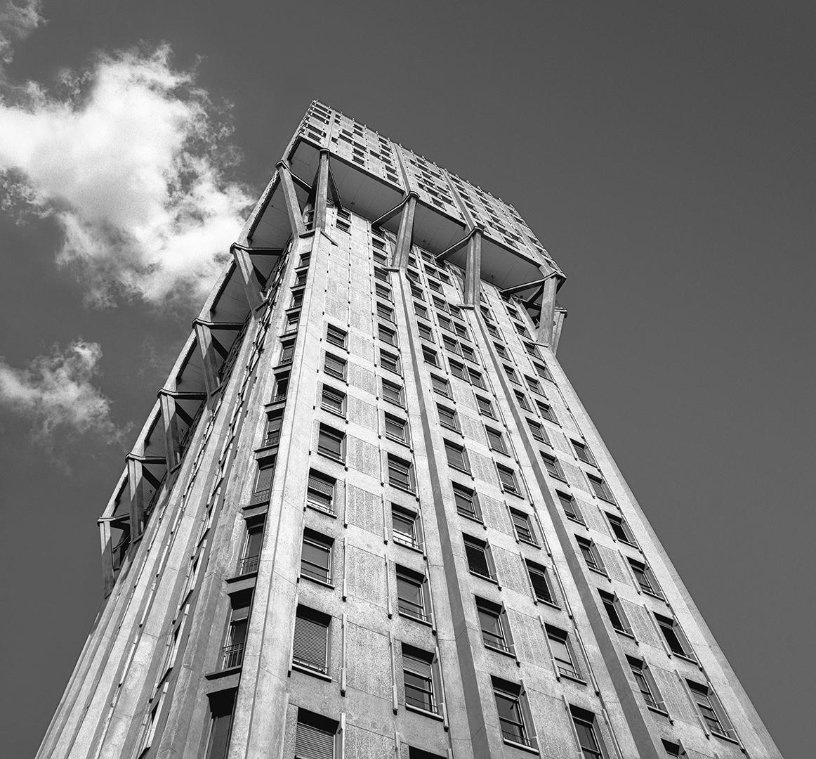 Changing Milano. Torre Velasca.
