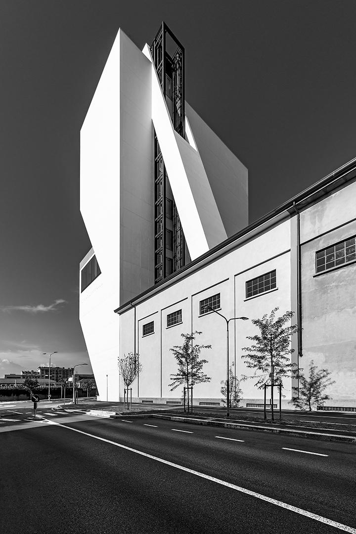 Changing Milano. Fondazione Prada.